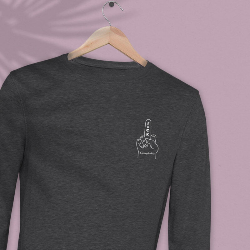 Regular fit sweat with an anti homophobia embroidery on the left chest. The color of the embroidery depends on the color of the sweatshirt. Sweats - LGBTQ+ Gay Pride Apparel - fuck sweat reg wit 2