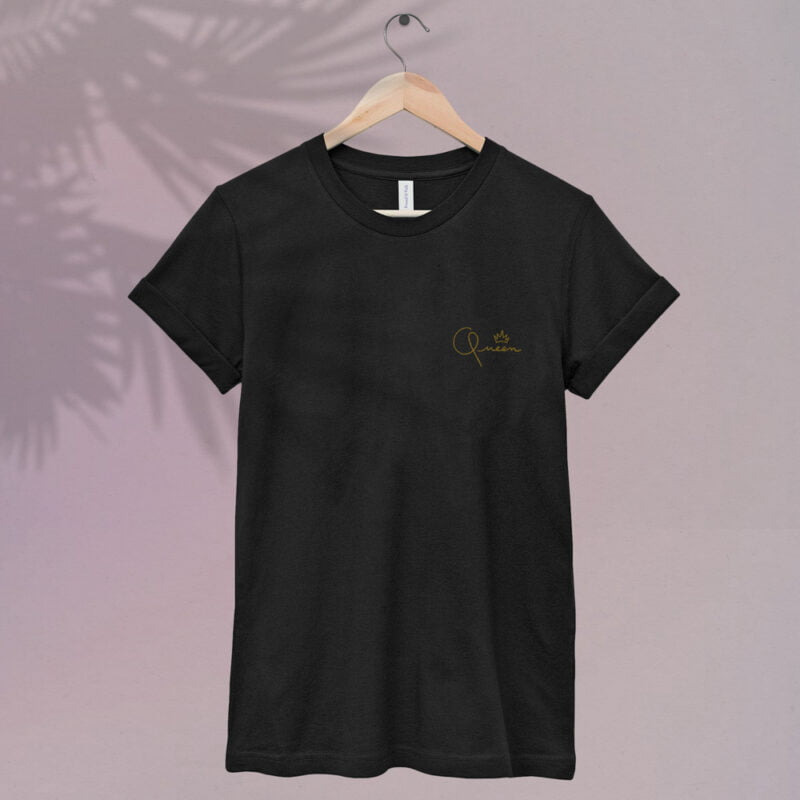 T-shirt made for the queens. The embroidery represents the word Queen in gold letters. T-shirts - LGBTQ+ Gay Pride Apparel - QUEEN tshirt 1