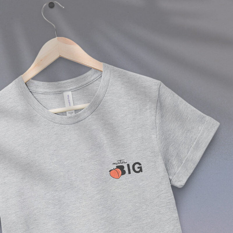"""T-shirt for the members of the big booty club. The embroidery represents a juicy peach and the text """"Mister BIG"""". T-shirts - LGBTQ+ Gay Pride Apparel - bigpeach tshirt 2"""