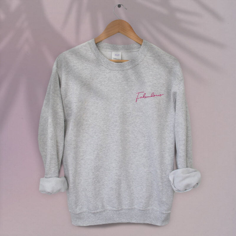 Relax fit sweat with the word fabulous embroidered on the left chest. This word is written in a pink color and an handwriting style. Sweats - LGBTQ+ Gay Pride Apparel - fabulous relax 1