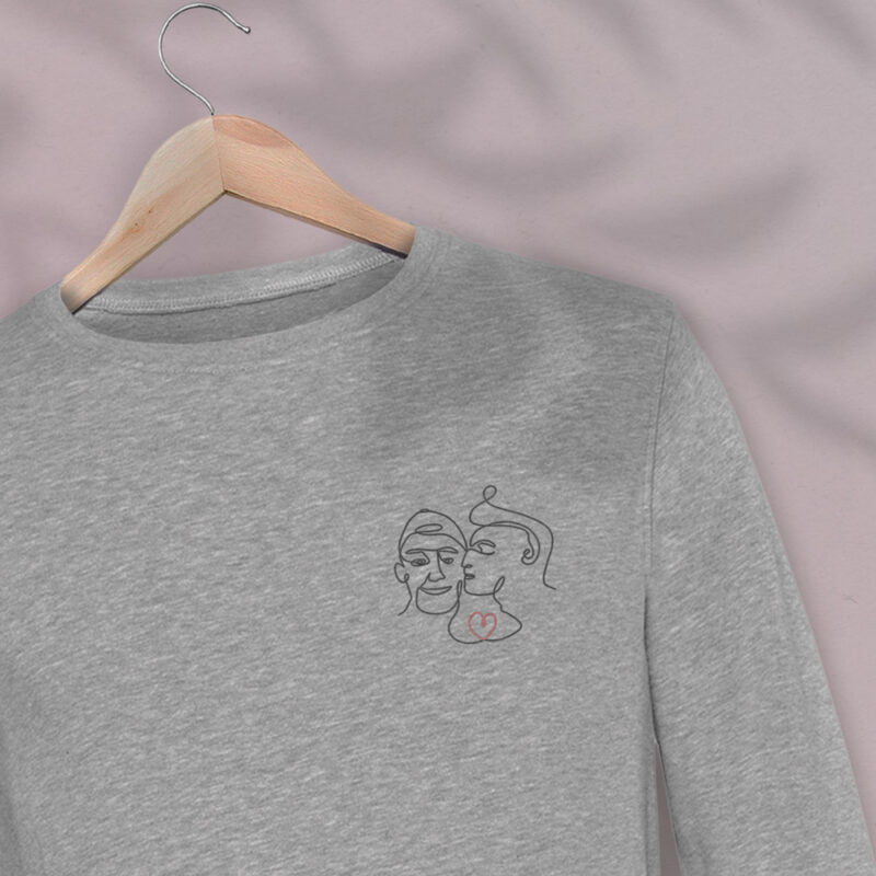 Regular Fit Sweat with an embroidery on the chest. It represents 2 boys kissing. A red heart connect the 2 lovers. Sweats - LGBTQ+ Gay Pride Apparel - monoline69 premium 2