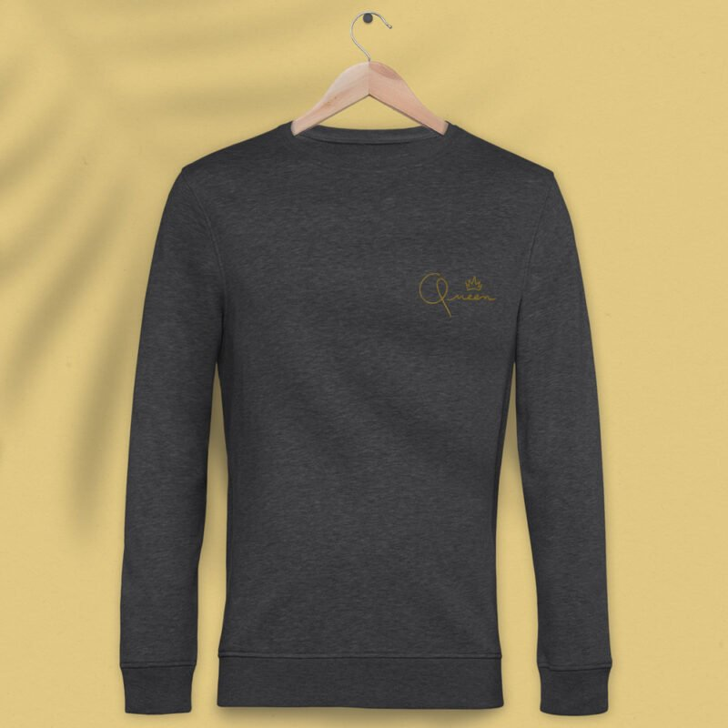 Regular fit sweat with the word Queen embroidered in the left chest. The embroidery is golden because true queens can only wear gold. Sweats - LGBTQ+ Gay Pride Apparel - queen reg 1