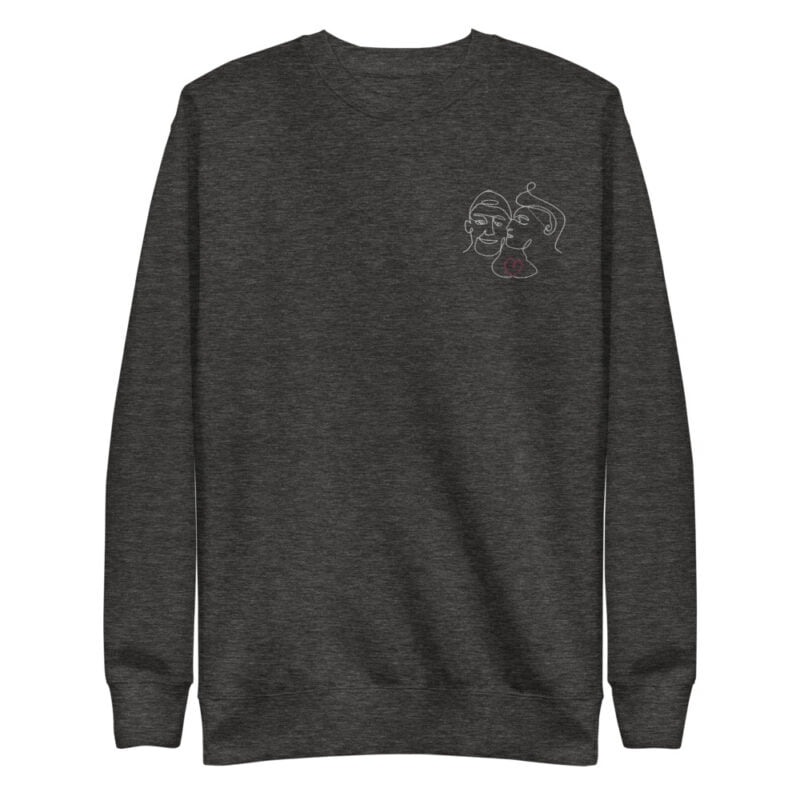 Regular Fit Sweat with an embroidery on the chest. It represents 2 boys kissing. A red heart connect the 2 lovers. Sweats - LGBTQ+ Gay Pride Apparel - unisex fleece pullover charcoal heather front 60a3aa9632401
